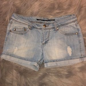 Distressed Shorts Size 7